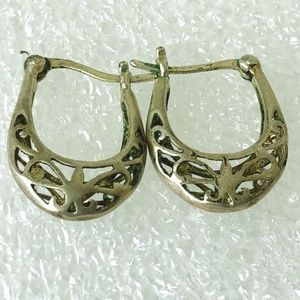 Jewelry - sterling silver blue stone modernist earrings